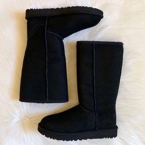 NEW UGG black boots